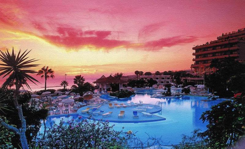 Канарские острова, Курорт Лос Кристианос