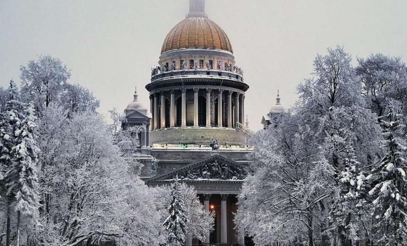 Россия, Исаакиевский собор в Санкт-Петербурге