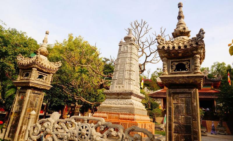 Вьетнам, Пагода Лонгшон