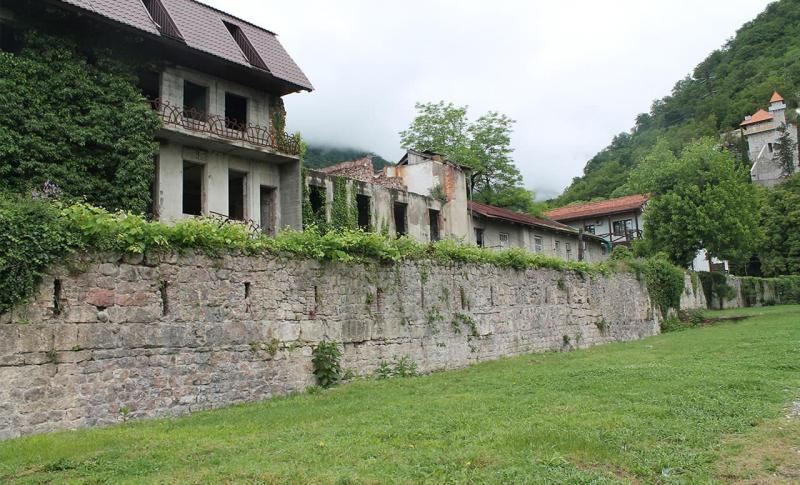 Абхазия, Замок принца Ольденбургского