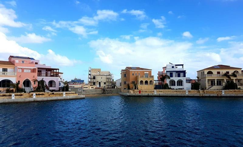 Кипр, Набережная курорта Лимассол