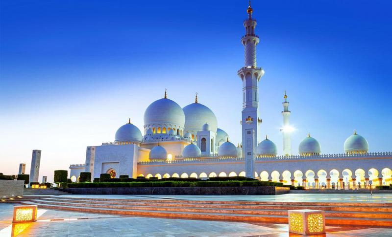 ОАЭ, Большая мечеть шейха Зайда