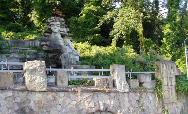 Сочи, Монумент Мацеста
