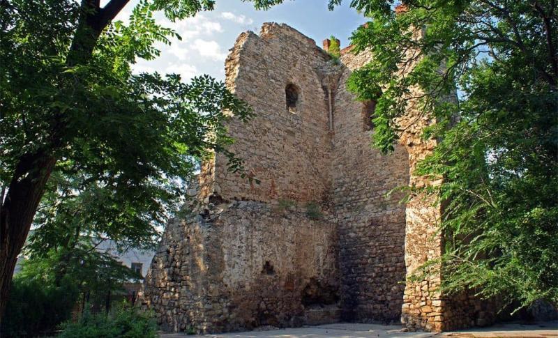 Феодосия, Башня Св. Константин