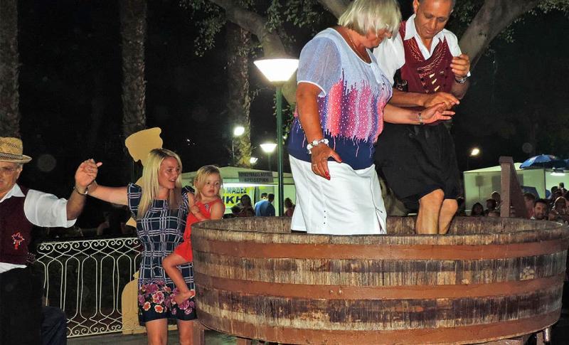Чем заняться в Лимассоле в августе, Фестиваль вина