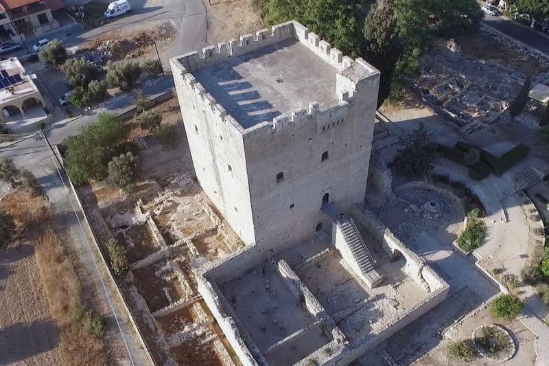 Лимассол для детей, Замок в Лимассоле (Замок Колосси)