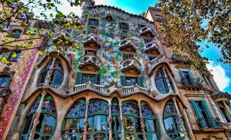 Барселона, Дом Бальо