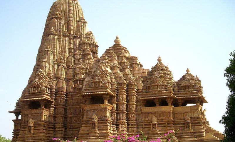 Индия, Посмотрите на старинные храмы