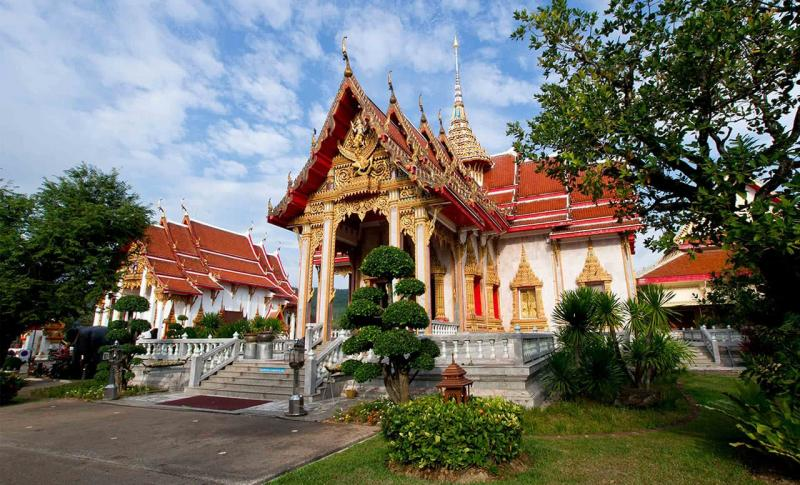 Таиланд, Храм Ват Чалонг