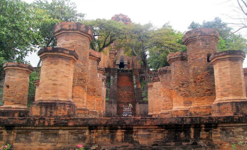 Вьетнам, Башни Тямов По Нагар