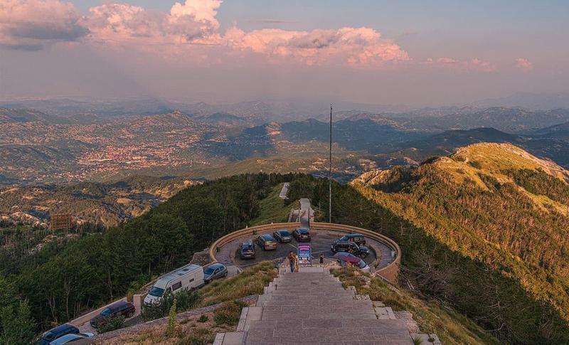 Куда поехать в августе на море - Черногория, Ловчен