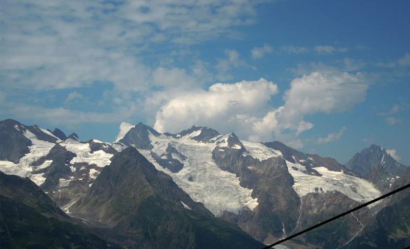 Чем заняться на Домбае в ноябре, Ледник Джугутурлучат