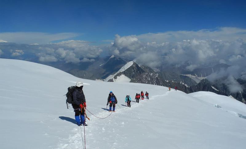 Чем заняться на Горном Алтае в ноябре, Альпинизм на Горном Алтае