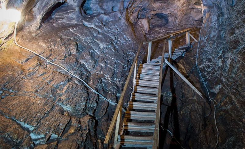 Чем заняться на Горном Алтае в ноябре, Тавдинские пещеры