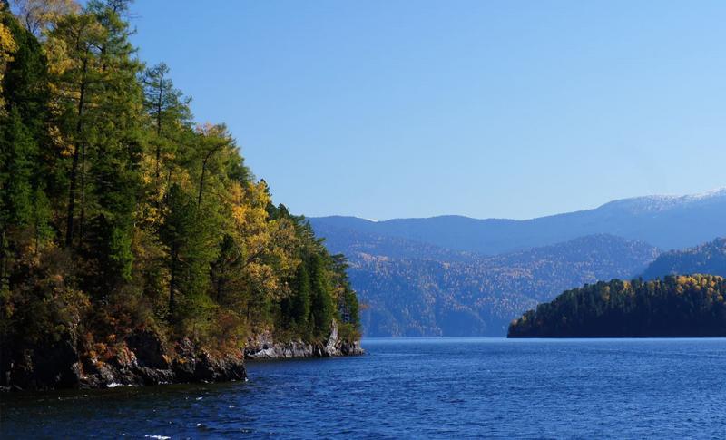 Чем заняться на Горном Алтае в ноябре, Телецкое озеро.