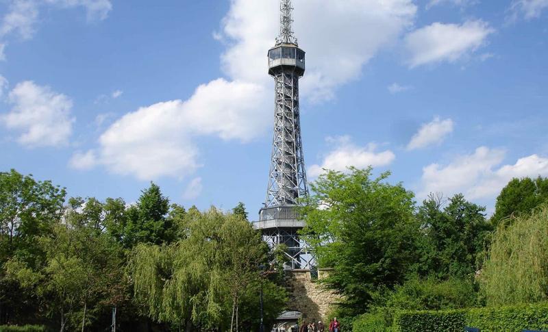Чем заняться в Чехии в ноябре, Петршинская башня