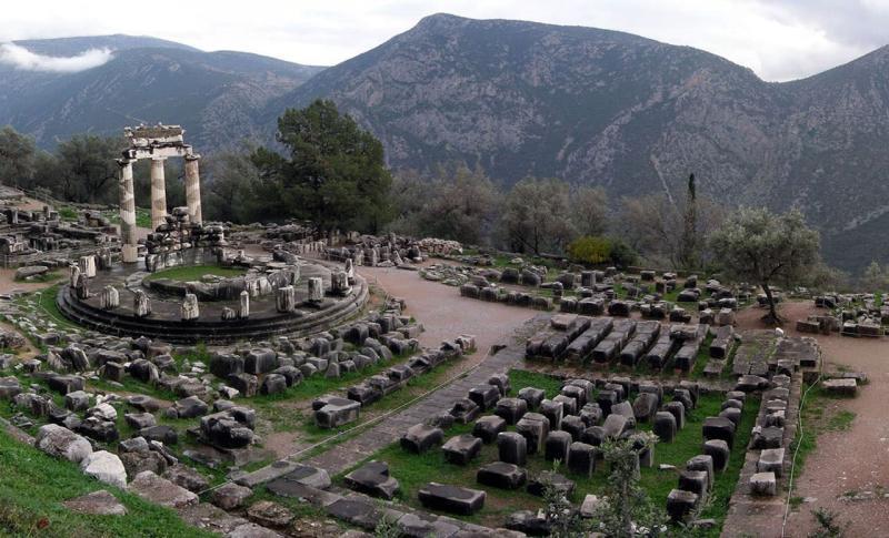 Чем заняться в Греции в ноябре, Город Дельфы