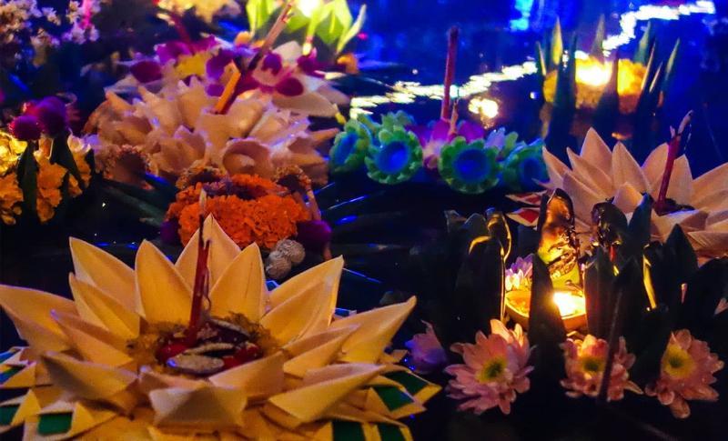 Чем заняться в Таиланде в ноябре, Лои Кратонг