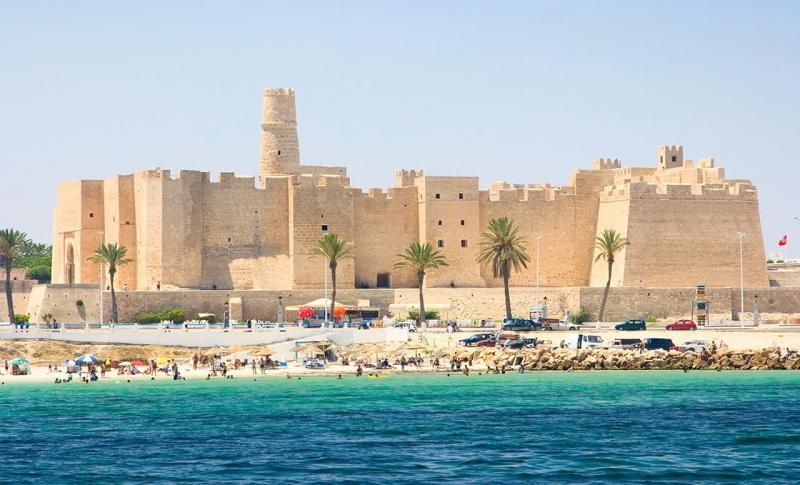 Чем заняться в Тунисе в мае, Монастир