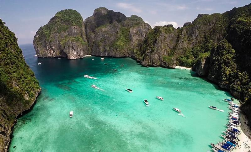 Куда поехать в декабре на море - Таиланд, Пхи пхи