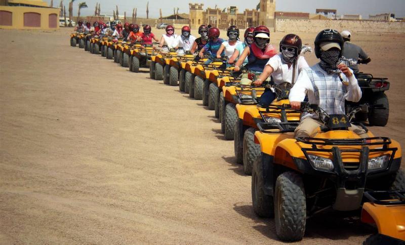 Египет, Сафари на квадроциклах по пустыне