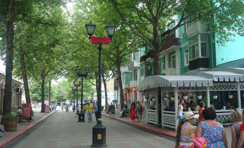 Керчь, Улица Ленина