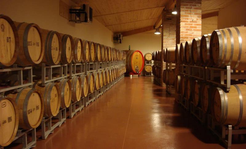 Лимассол, Купите вино на Винном заводе КЕО